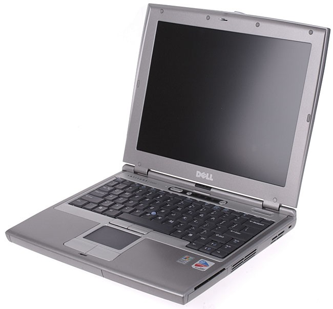 PC PORTABLE DELL LATITUDE D400